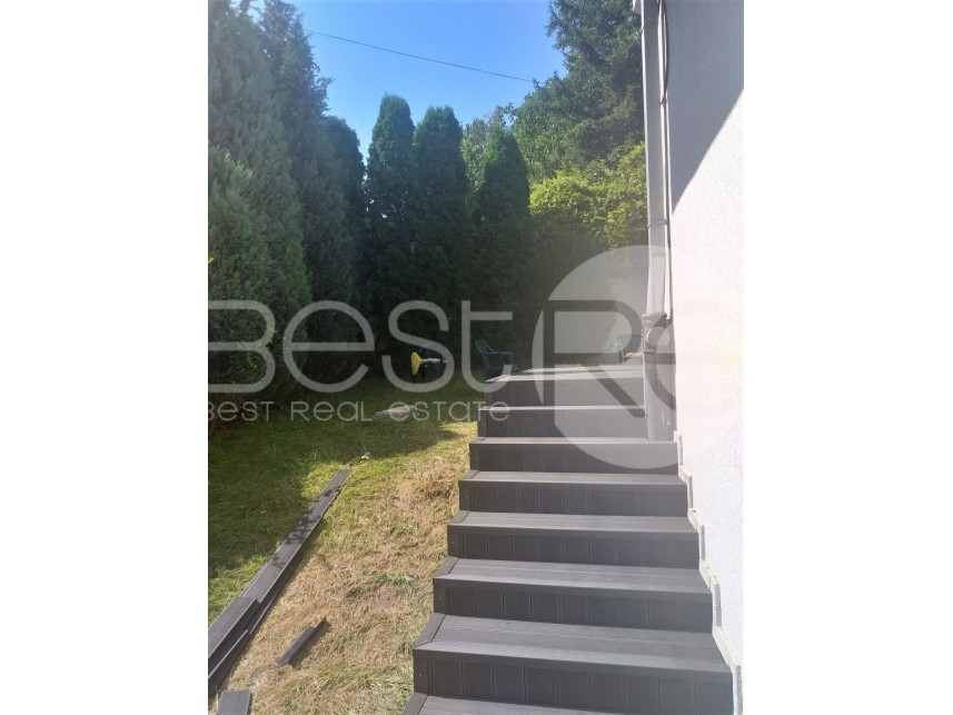 Kuća u nizu, Izdavanje, Savski Venac (Beograd), Dedinje