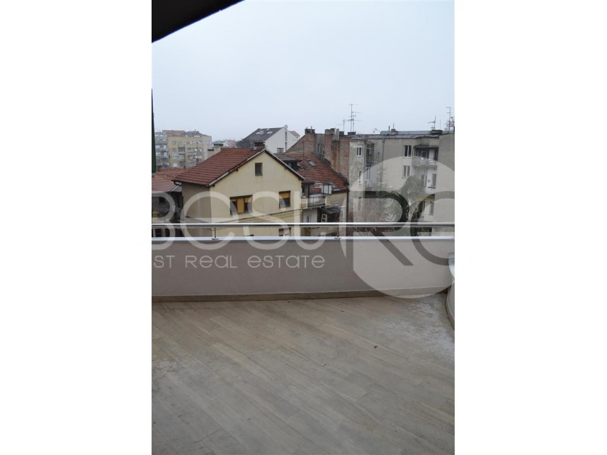 Stan - duplex, Izdavanje, Vračar (Beograd), Kalenić pijaca