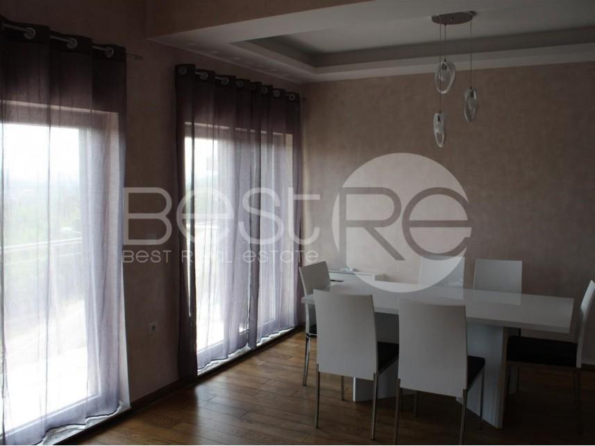 Stan u zgradi, Prodaja, Savski Venac (Beograd), Dedinje