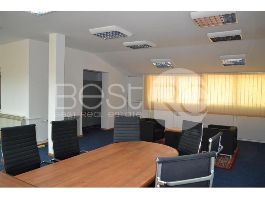 Stambeno poslovni objekat, Izdavanje, Savski Venac (Beograd), Stadion Crvene zvezde