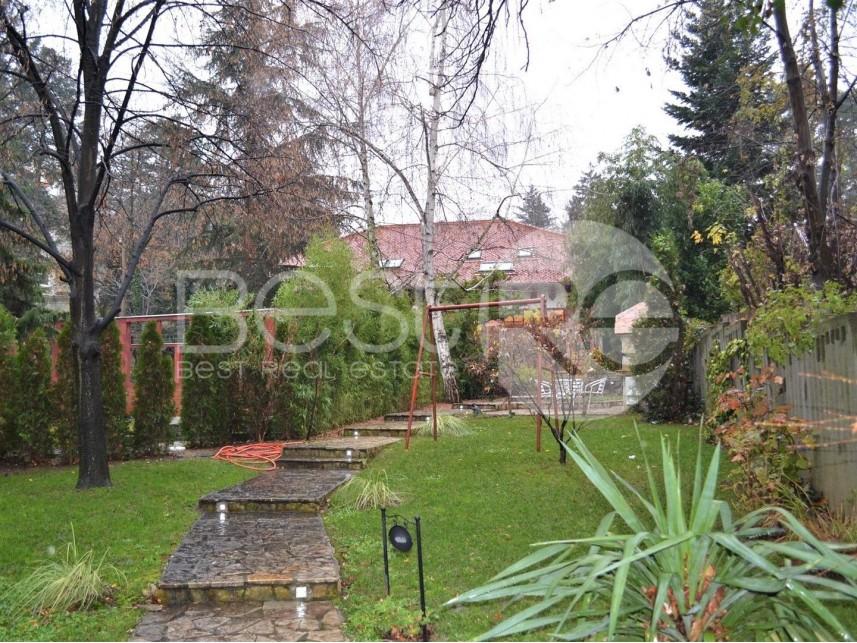 Stan u kući, Izdavanje, Savski Venac (Beograd), Dedinje