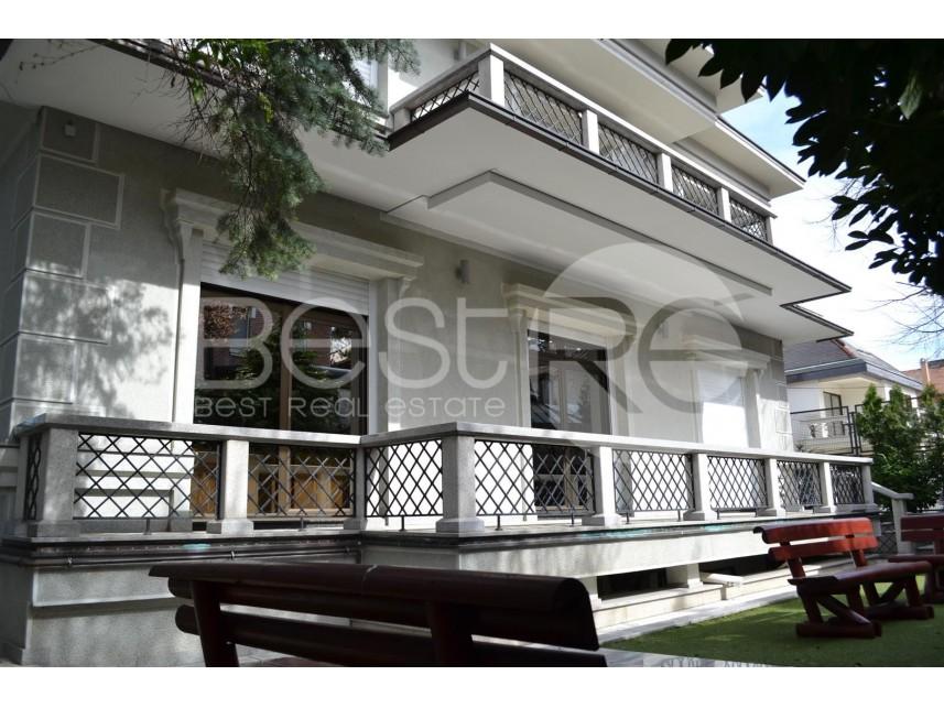 Luksuzna kuća, Izdavanje, Savski Venac (Beograd), Dedinje
