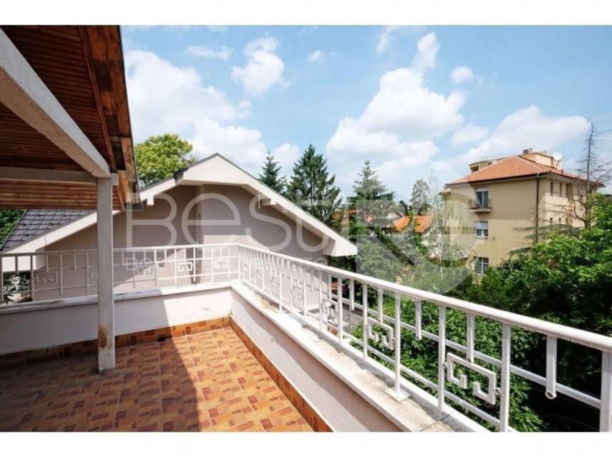 Kuća u nizu, Prodaja, Savski Venac (Beograd), Senjak