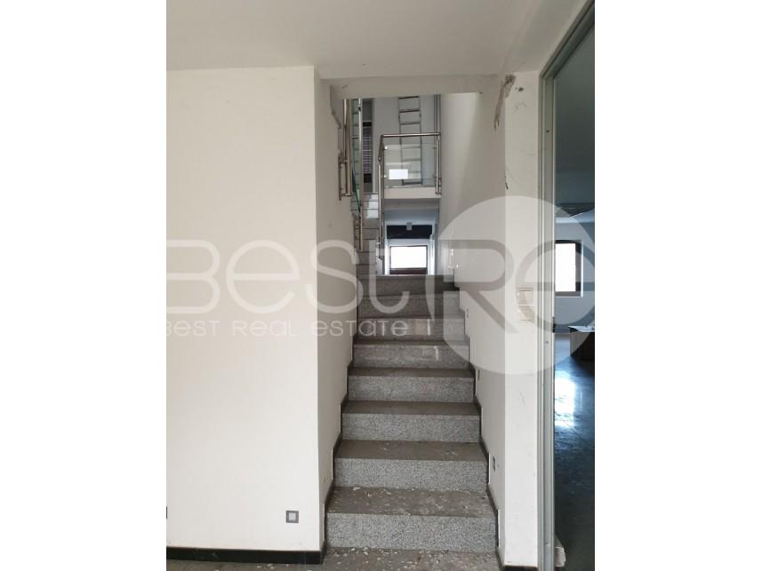 Slobodnostojeća kuća, Izdavanje, Voždovac (Beograd), Banjica