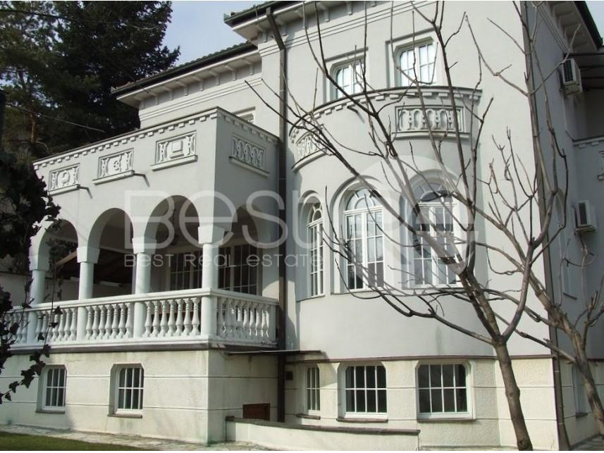 Luksuzna vila, Izdavanje, Savski Venac (Beograd), Dedinje